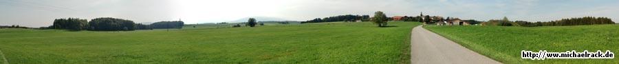 Panorama-Aufnahme aus Moosen, Gemeinde Saaldorf-Surheim, September 2009