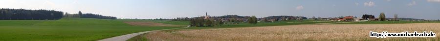 Panorama-Aufnahme aus Saaldorf, Gemeinde Saaldorf-Surheim, Juni 2009